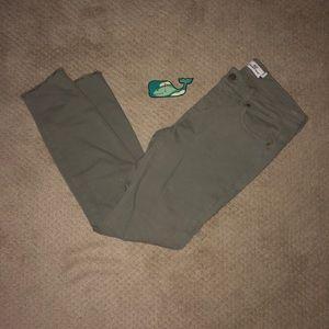 Vineyard Vines Green Raw Hem Pants (Size 6)